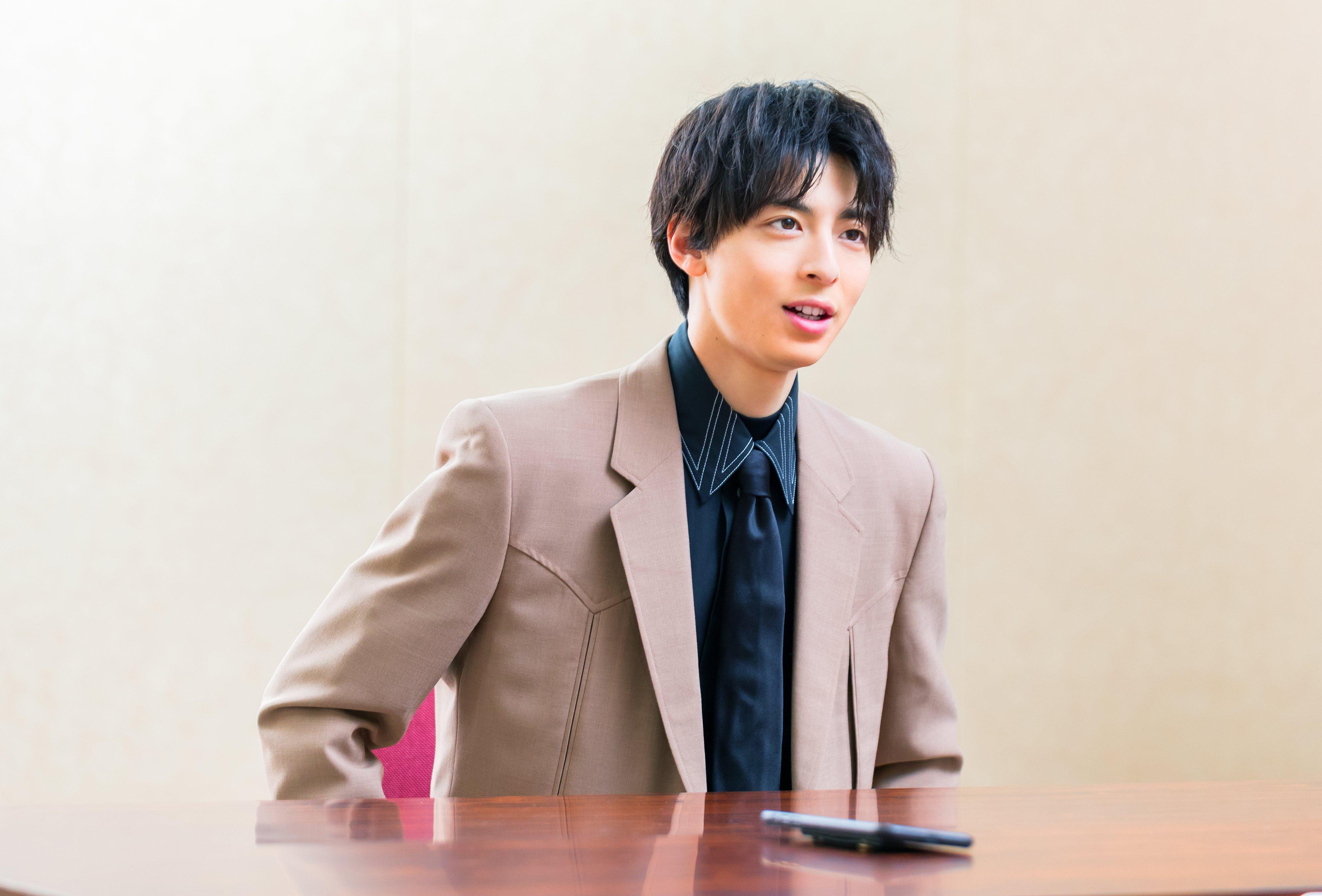 interview011_02.jpg